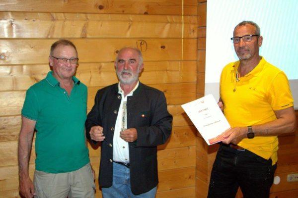 Höller Franz: USC Mitglied seit 2000 Platzwart - Ehrenzeichen in Bronze